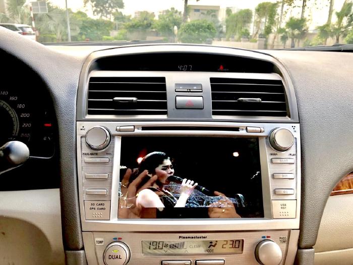 Bán Toyota Camry 2.4G 2009 màu đen, xe cũ 9