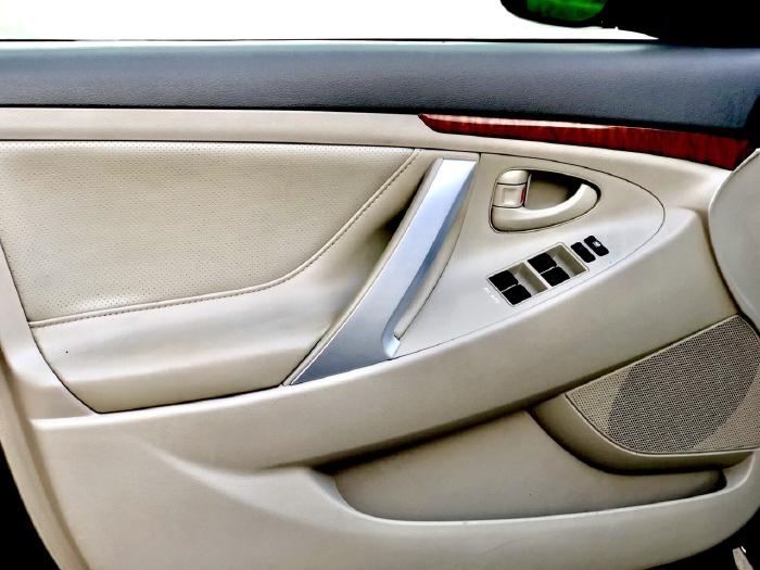 Bán Toyota Camry 2.4G 2009 màu đen, xe cũ 14