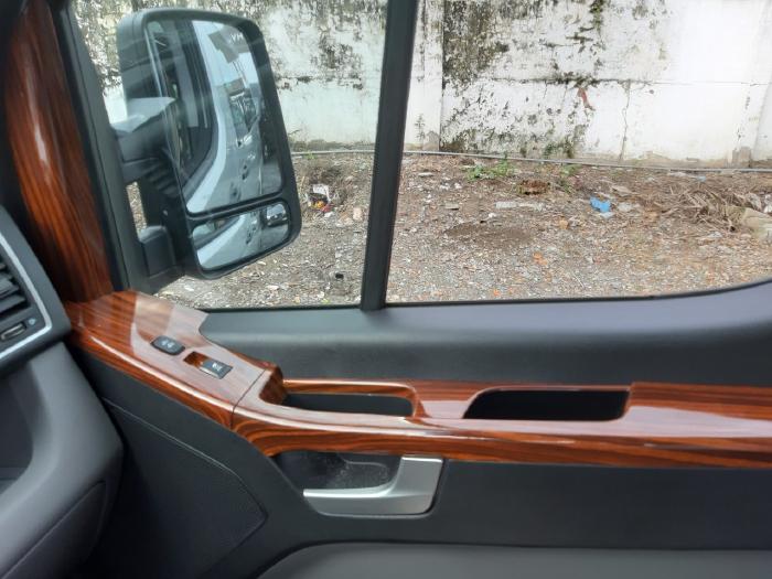 Xe Hyundai Solati Ghế Universe 2020, Xe Solati Ghế U Đủ Màu  Giao Ngay 4