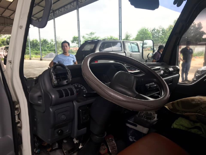 xe tải isuzu qkr tải trọng 1 tấn 9 đời 2015 0
