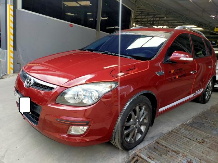 Hyundai I30 CW 1.6AT 2010 màu đỏ biển SG xe siêu đẹp 5