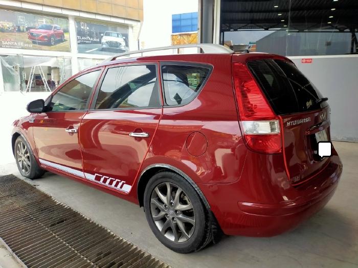 Hyundai I30 CW 1.6AT 2010 màu đỏ biển SG xe siêu đẹp 6