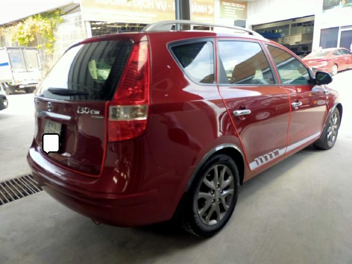 Hyundai I30 CW 1.6AT 2010 màu đỏ biển SG xe siêu đẹp 0