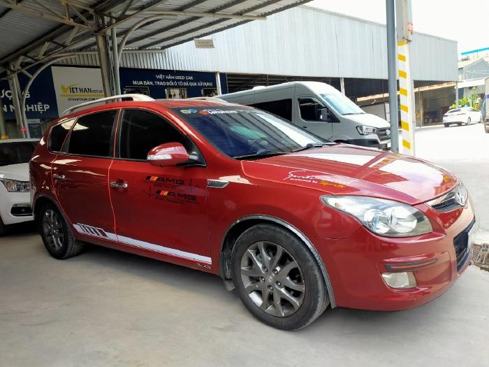 Hyundai I30 CW 1.6AT 2010 màu đỏ biển SG xe siêu đẹp 7