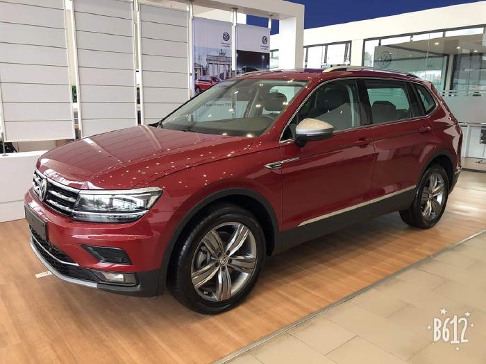 🔥🚘🔥 Cần bán xe Volkswagen Tiguan Allspace, màu Đỏ,xe Đức nhập khẩu chính hãng 🔥🚘🔥 Đang Tặng Trước Bạ 173tr 🎁🎁 1