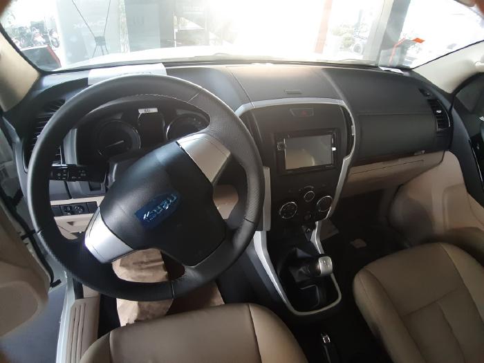 Báo Giá Xe Isuzu Mux 2020 Trả Góp - Isuzu SUV 7 Chỗ 2020 Giá Sốc 3