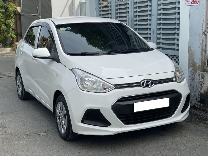 Cần bán xe i10 2017, số sàn, màu trắng tinh ngọc trinh còn mới tinh 8