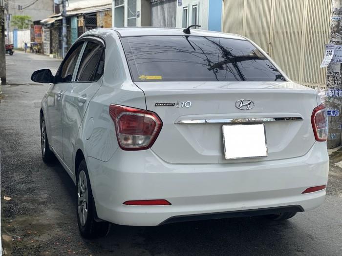 Cần bán xe i10 2017, số sàn, màu trắng tinh ngọc trinh còn mới tinh 9