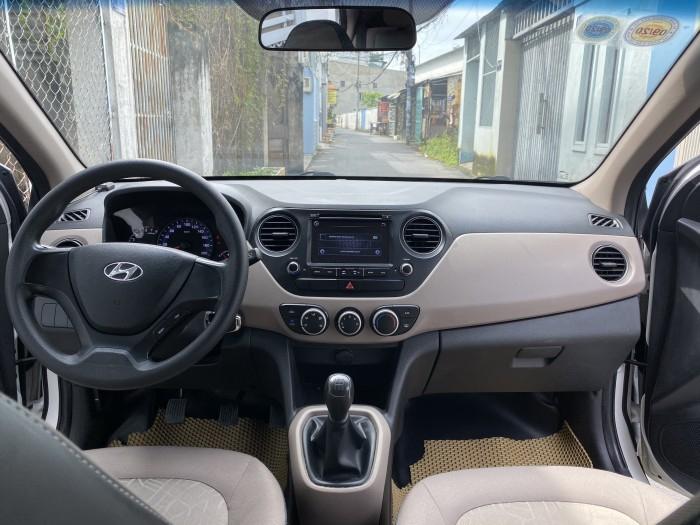 Cần bán xe i10 2017, số sàn, màu trắng tinh ngọc trinh còn mới tinh 5