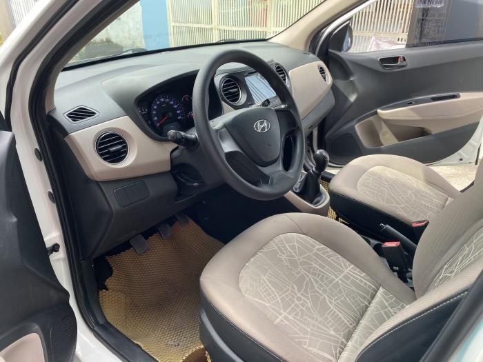 Cần bán xe i10 2017, số sàn, màu trắng tinh ngọc trinh còn mới tinh 6