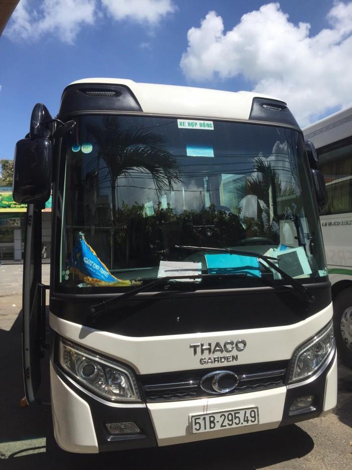 Cho thuê xe du lịch tại TPHCM 4