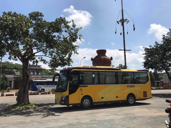 Cho thuê xe du lịch tại TPHCM 6