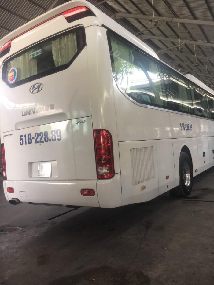Cho thuê xe du lịch tại TPHCM 9