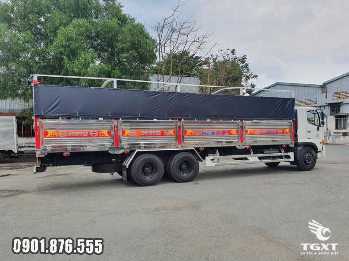 Xe tải Hino FM thùng bạt giá cạnh tranh giao xe nhanh 5