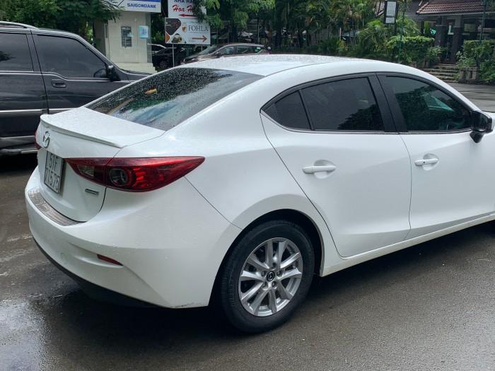 Mazda 3 1.5 AT 2016 2