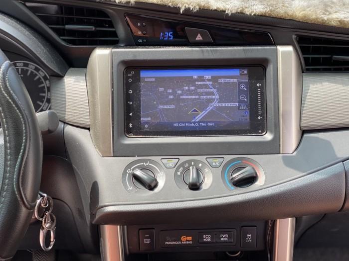 Toyota innova E 2.0MT 2019 màu đồng biển SG 12