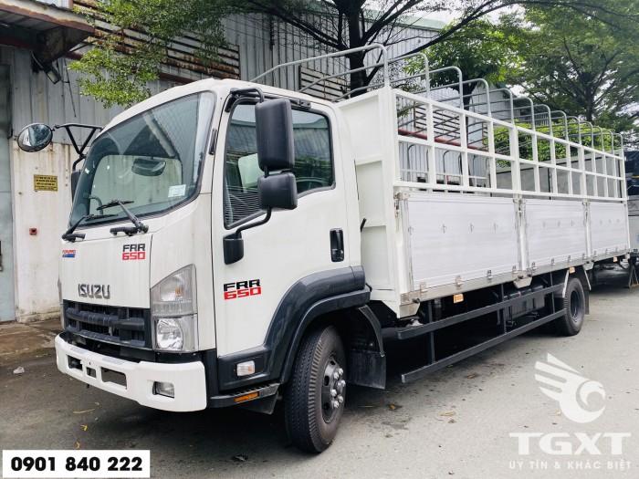 Xe tải Isuzu FRR650 thùng bạt, tải 6T5 thùng 6m7, trả trước 20% 1