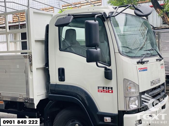 Xe tải Isuzu FRR650 thùng bạt, tải 6T5 thùng 6m7, trả trước 20% 3