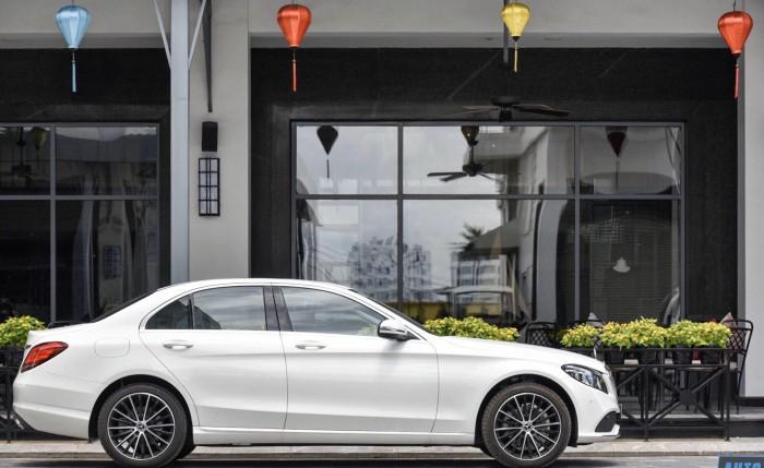 Mercedes C200 Exclusive - Ưu Đãi Lên Đến 100 Triệu 2