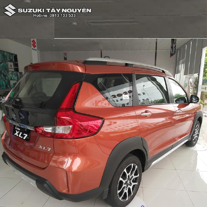 Xe nhập khẩu SUZUKI XL7 2020 bản ghế nỉ ( AT đặc biệt ) màu Cam - Không chỉ đẹp mà còn rộng rãi thoải mái nhất phân khúc 5