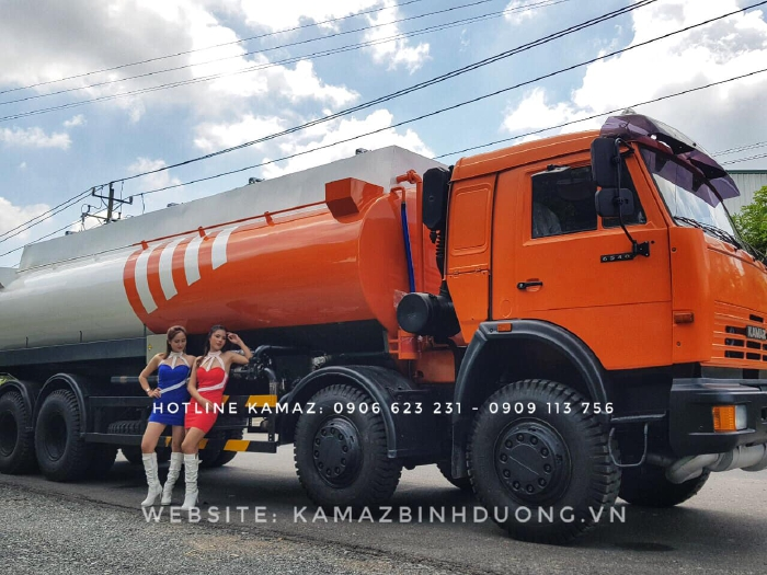 Xe bồn xăng dầu Kamaz 4 giò / Xe bồn xăng Kamaz 23m3