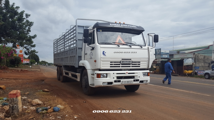 Bán xe tải Kamaz 3 chân 15 tấn nhập khẩu | Kamaz 65117 (6x4) nhập khẩu thùng 7m8