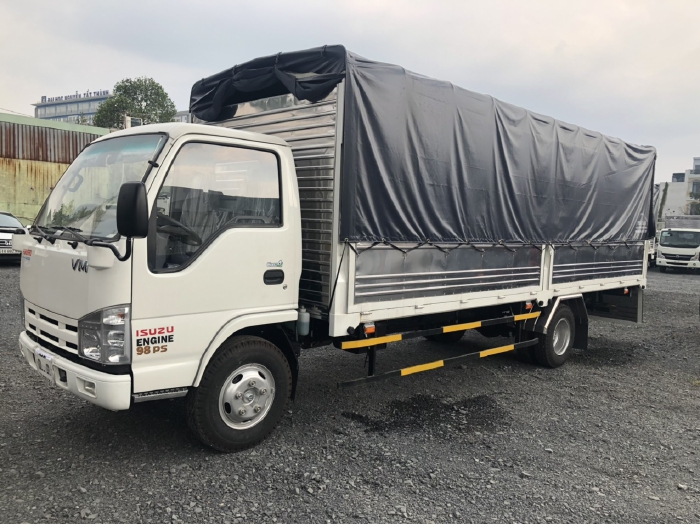 Xe tải ISUZU VM 1t9 thùng bạt 6m2