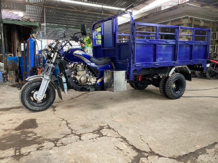 Xe chuyên dụng, xe lôi ba bánh chở hàng chở nước, cây cảnh,gia súc,  vật liệu xây dựng