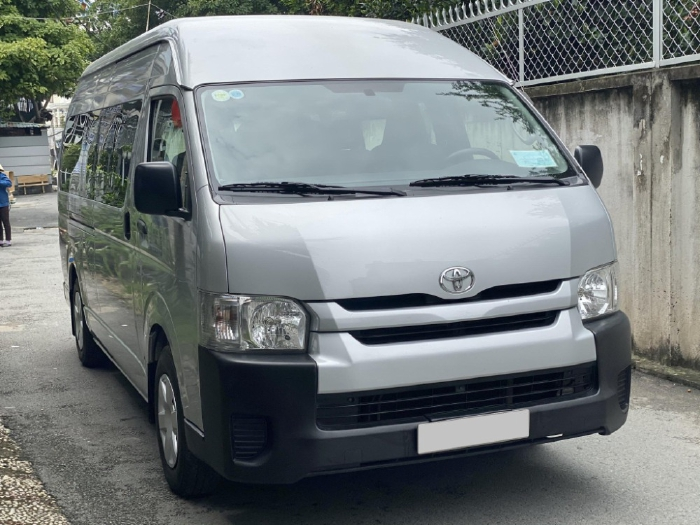 Bán Toyota Hiace Xám 2017 số sàn máy dầu nhập Nhật mới tuyệt