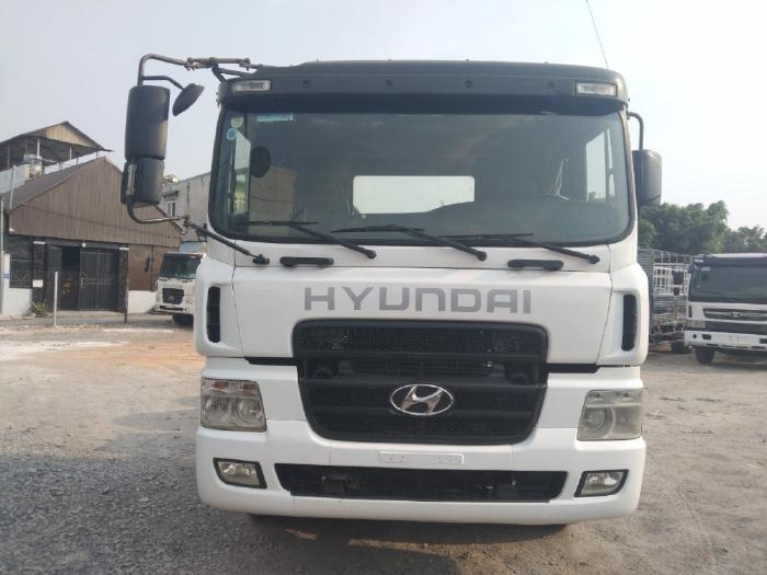 Cần bán xe đầu kéo Hyundai HD700 xe đẹp giá rẻ bất ngờ