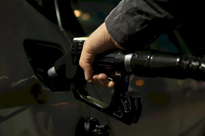 Sử dụng nhiên liệu kém chất lượng