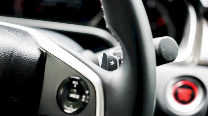 Nắm cách sử dụng các tính năng trên xe
