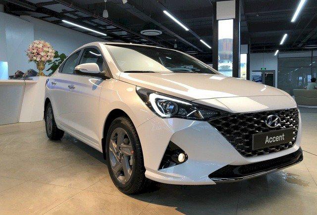 Doanh số Hyundai Accent tiếp tục dẫn trước Toyota Vios.