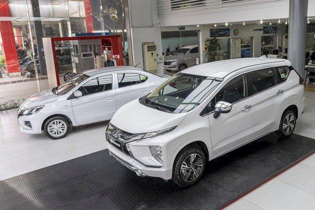 Mitsubishi có hai đại diện trong top 10 xe bán chạy nhất tháng.