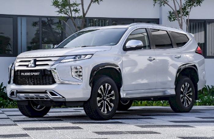 Mitsubishi giới thiệu Pajero Sport 2020 tại Việt Nam với 2 phiên bản sử dụng động cơ diesel 2.4L, giá đắt nhất lên tới 1,345 tỷ đồng