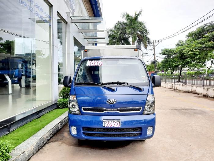 Giá xe tải Kia K250 đời mới nhất lăn bánh tại Tp.HCM, giá xe tải Kia K250 thùng kính, giá ưu đãi lãi suất hấp dẫn.