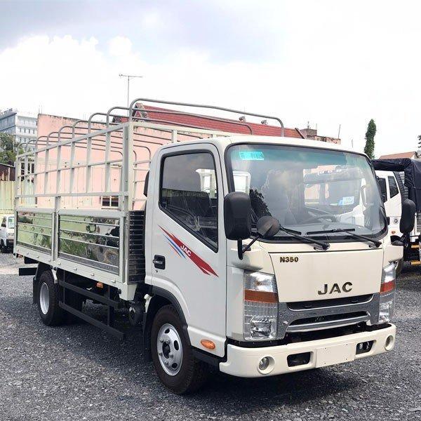 xe JAC 3,5 tấn thùng dài 4m3 động cơ ISUZU giá rẻ tại Bình Dương