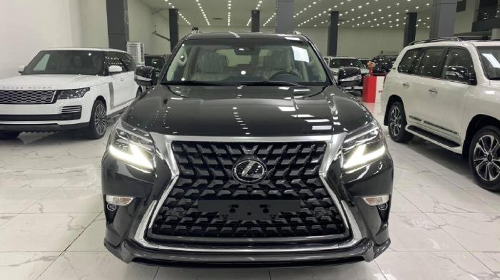 Bán Lexus GX460 Super Sport màu đen, nội thất kem nhập Trung Đông bản full, sản xuất 2021, xe sẵn giao ngay.