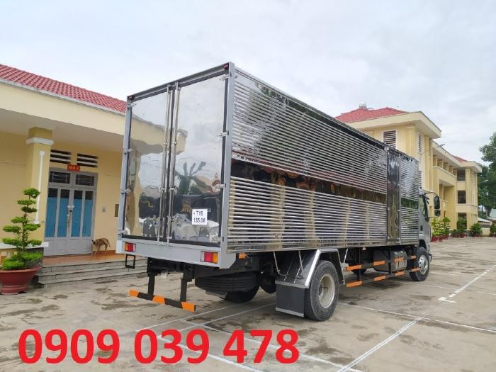 Xe Chenglong 9 Tan M3 Nhap Khau Cabin Giuong Nam