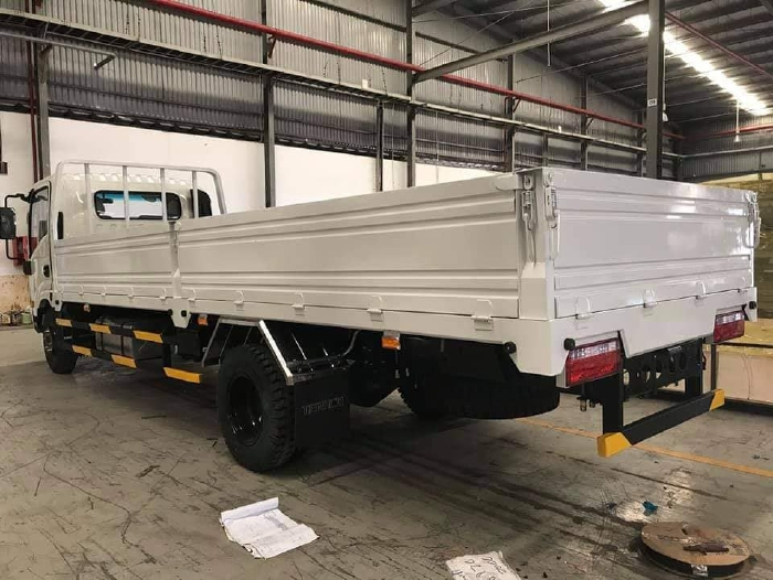 Xe TERA345 tải 3.4 tấn, máu ISUZU, thùng dài 6m2 chuyên gia vận chuyển hàng quá khổ