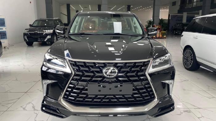 Bán Lexus LX 570 Super Sport 08 chỗ sản xuất 2021 giá tốt, xe sẵn giao ngay.